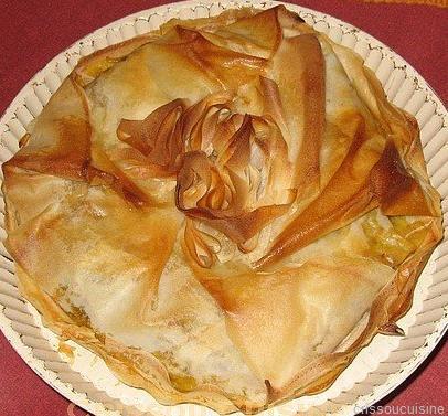 Pastilla de volaille bio aux épices douces et spiruline, épinards bio et miel d' acacia - recette es