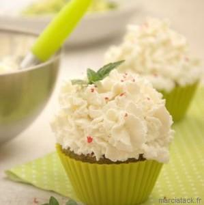 Cupcake aux épinards et à la mousse de chèvre