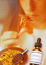 Huile essentielle bio et mélange d'huiles essentielles parfumées
