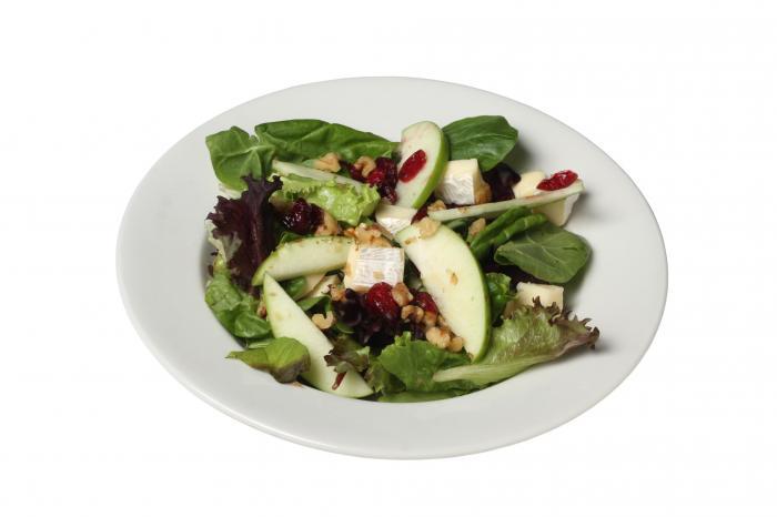 Salade épinard fruits secs et fruits à coque